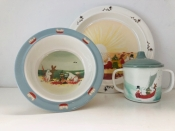 Moomin Dishes with Family Scene