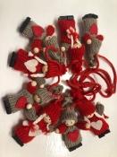 Knitted Nisse/Tomten/Tonttuta Garland