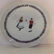 Norwegian Dancer, Plate